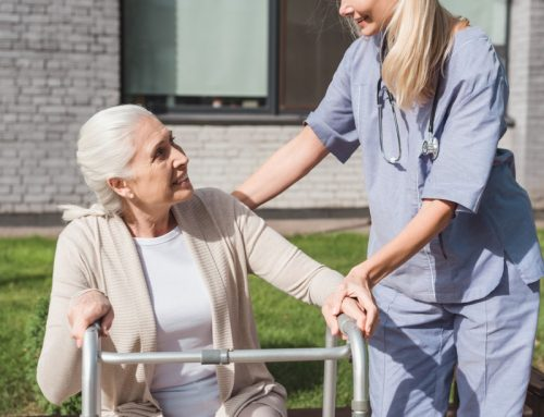 3 Keys to Finding the Right Care Facility for Mom